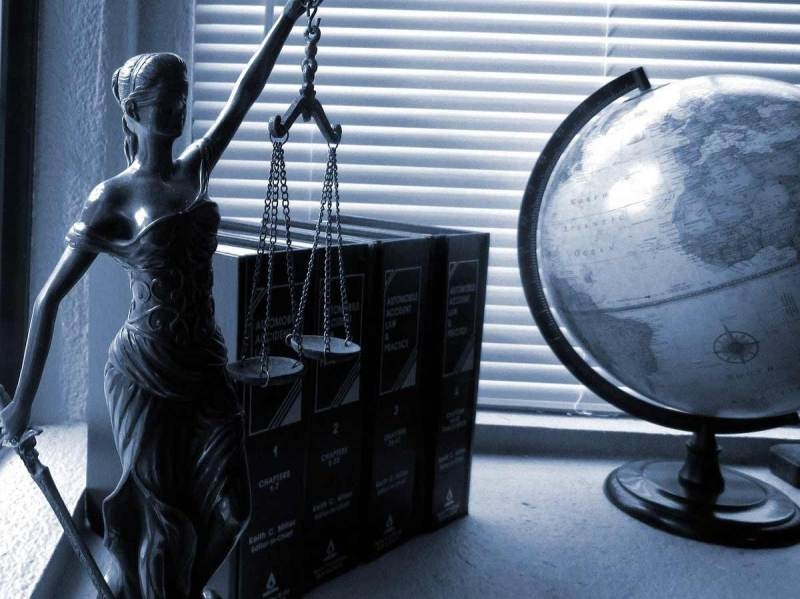 hire a family lawyer