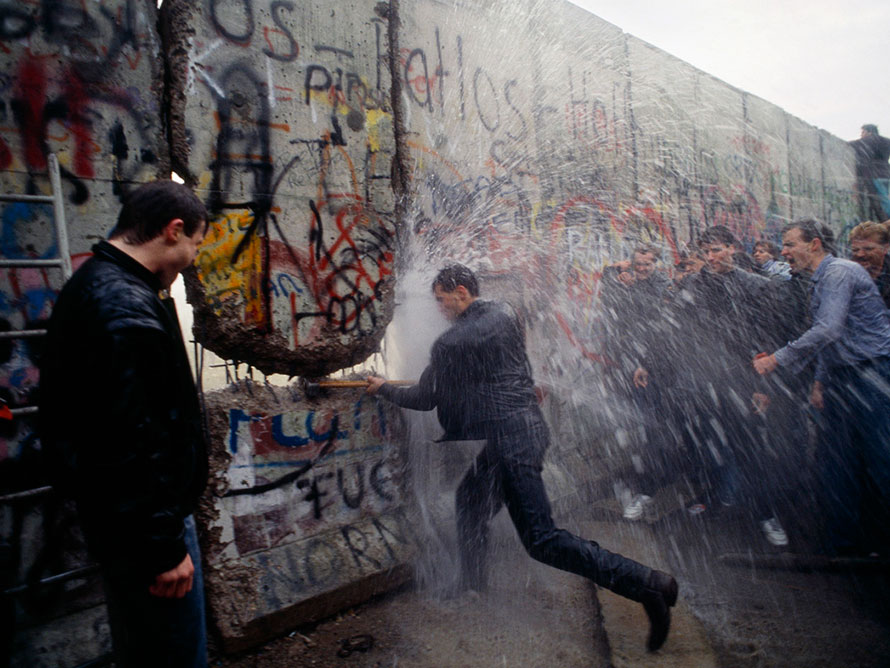 Purposefully Mangling The Lessons From The Fall Of The Berlin Wall