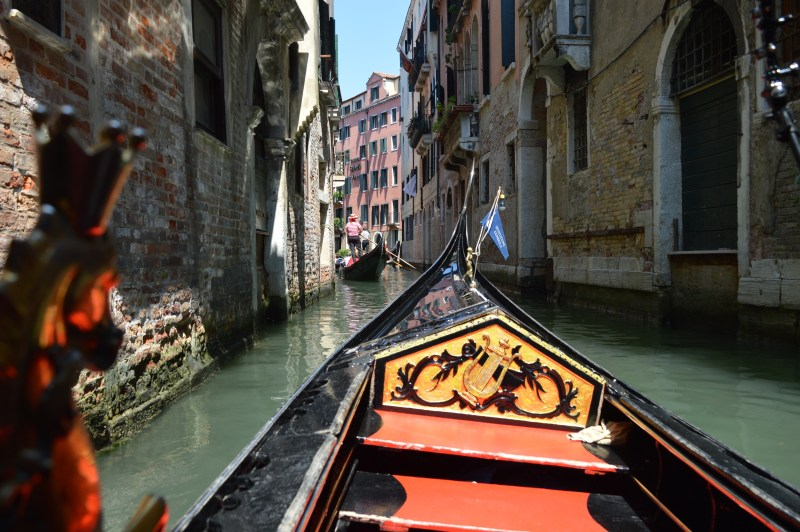 Gondola ride in Venice with kids