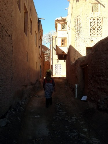 Local woman, Abyaneh