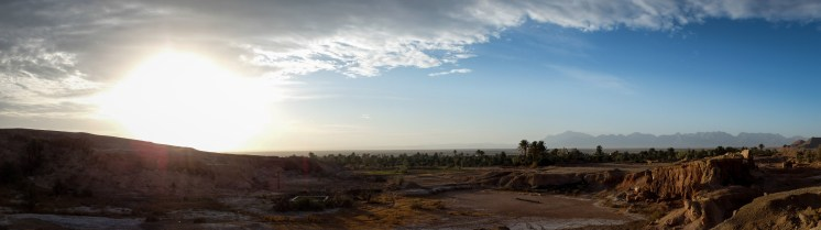 Sunrise, Garmeh (picture by PB)