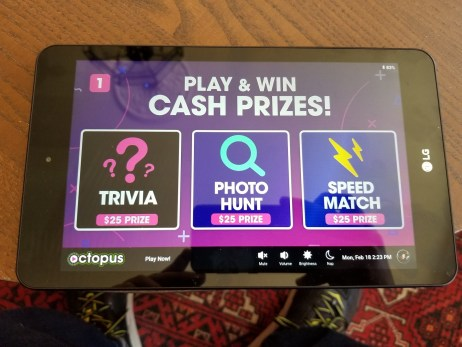 Play Octopus: Drivers Earn Extra From Getting Passengers To