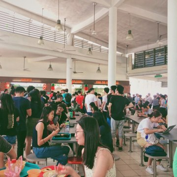 #NUSays: Is the Arts canteen, The Deck, too crowded?