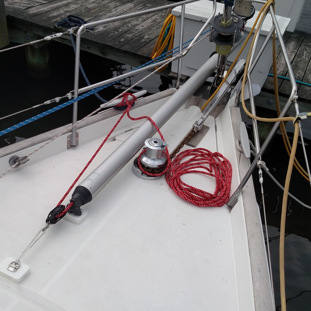 Selden removeable sprit with 2:1 tack line done the simple way. Beneteau 50