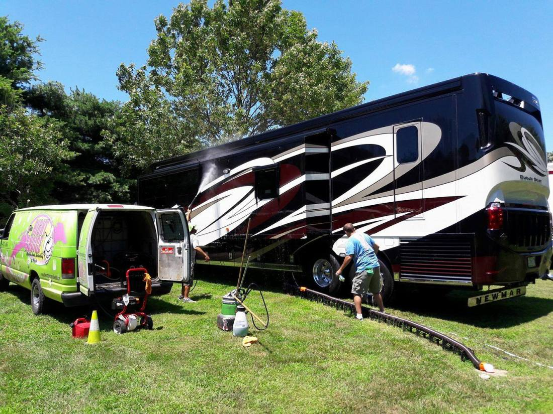 RV's and Horse Trailers