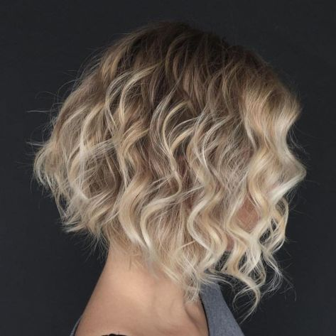 60 hairstyles and haircuts for naturally curly hair in 2020