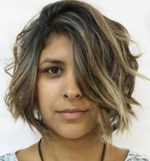 chin-length messy bob with highlights