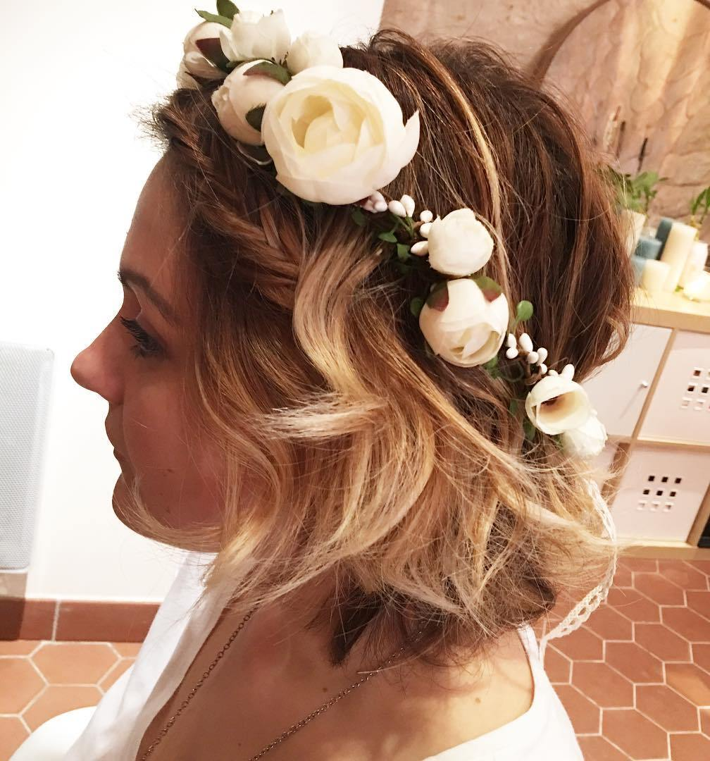 Messy Ombre Bob Wedding Hairstyle