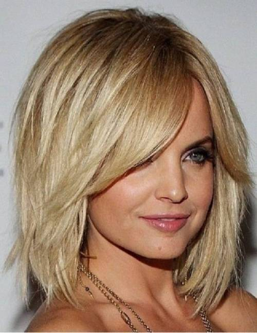 80 sensational medium length haircuts for thick hair in 2017 a line haircut with bangs for thick hair urmus Image collections
