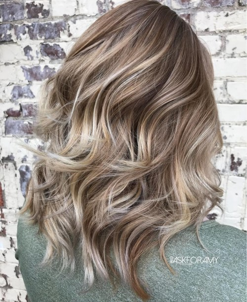 Bronde Balayage Hairstyle With Layers