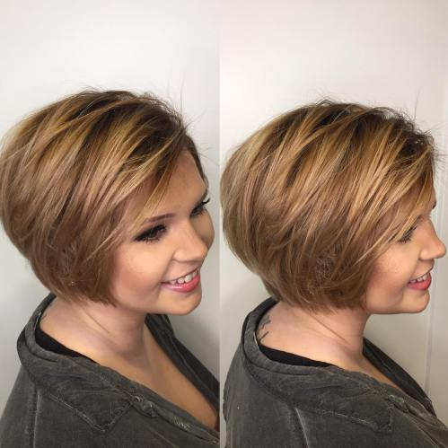 Side-Parted Textured Bob For Round Face