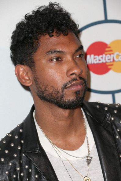40 Devilishly Handsome Haircuts For Black Men