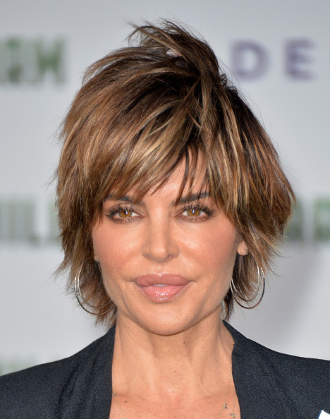 Lisa Rinna layered haircut