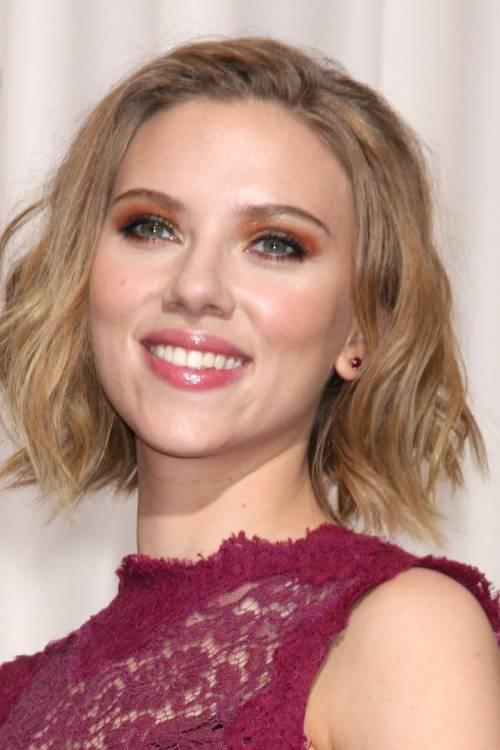 Scarlett Johansson funky bob