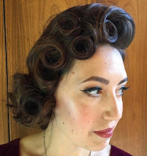curly hair pinup styles 30 iconic retro and vintage hairstyles 8755 | 17 pin up curls updo