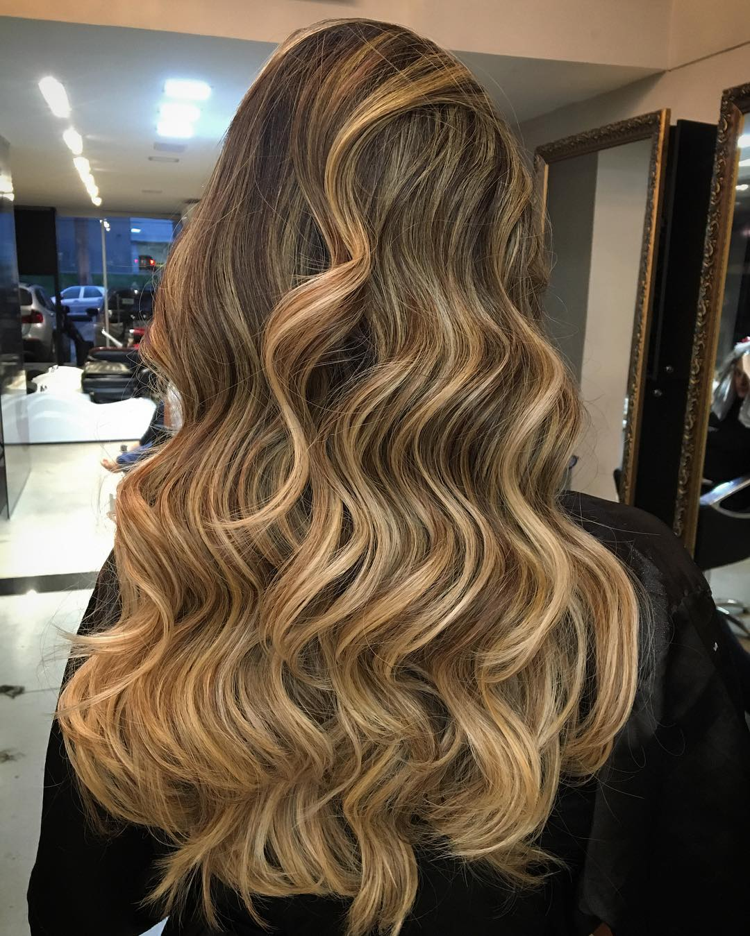 Long Brown Hair With Blonde Ombre Highlights