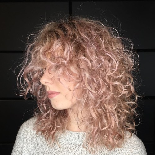 Medium Layered Hairstyle for Fine Curly Hair