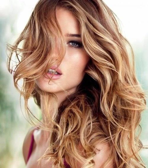 caramel highlights for light brown wavy hair