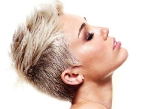 edgy texturized haircut for short hair