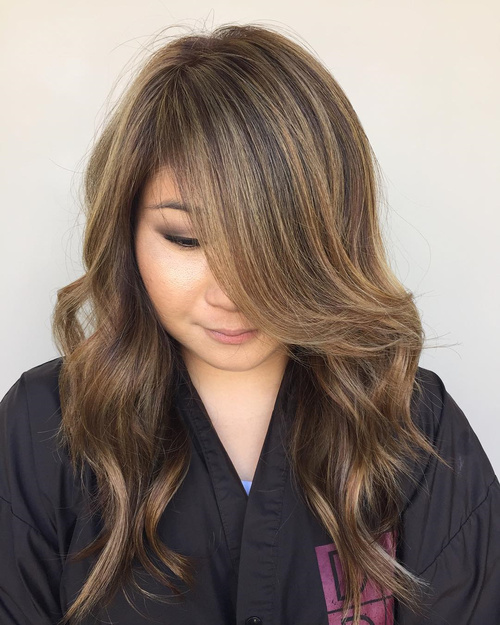 Long Layered Hairstyle For Round Face