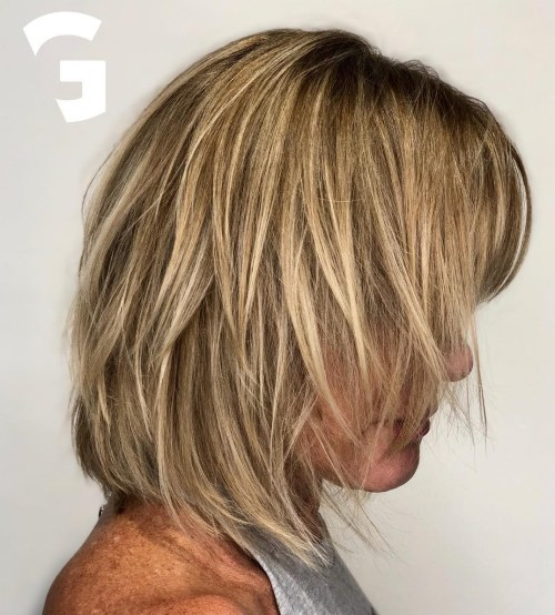 Shaggy Bob With Blonde Highlights