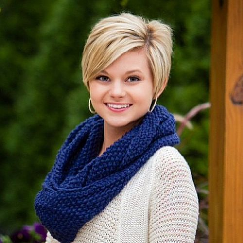 long pixie hairstyle for round faces
