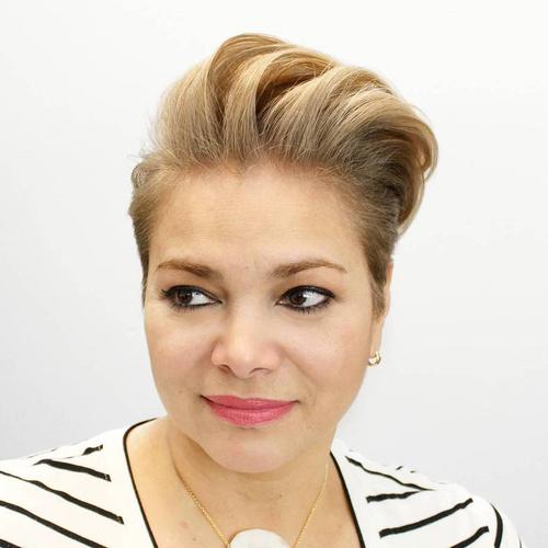 Women'S Pompadour Hairstyle