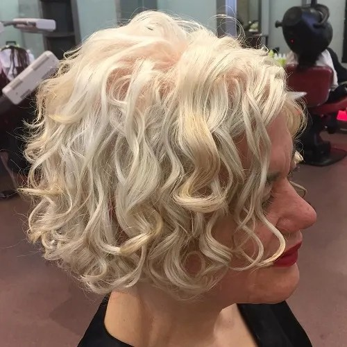 a line haircut for curly hair 55 different versions of curly bob hairstyle 3331