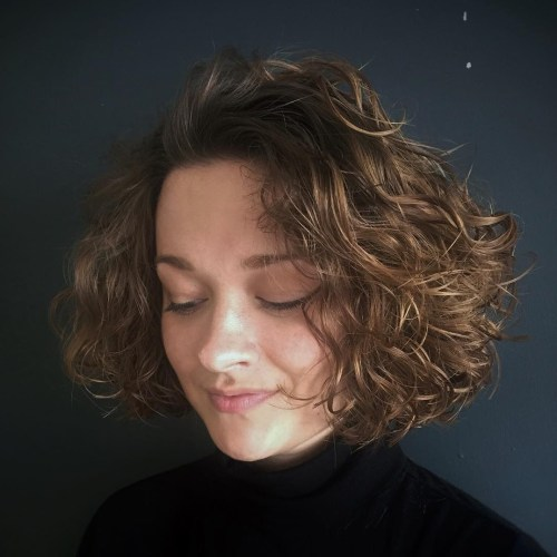 Scrunched Curly Bob For Fine Hair