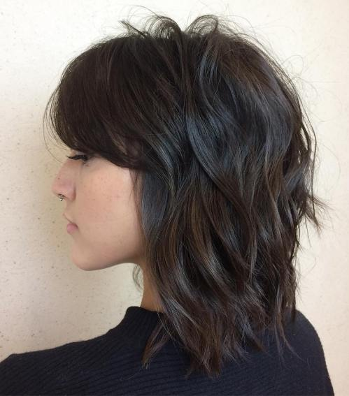 Medium Shag Hairstyle With Waves
