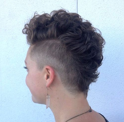 25 Exquisite Curly Mohawk Hairstyles For Girls Amp Women