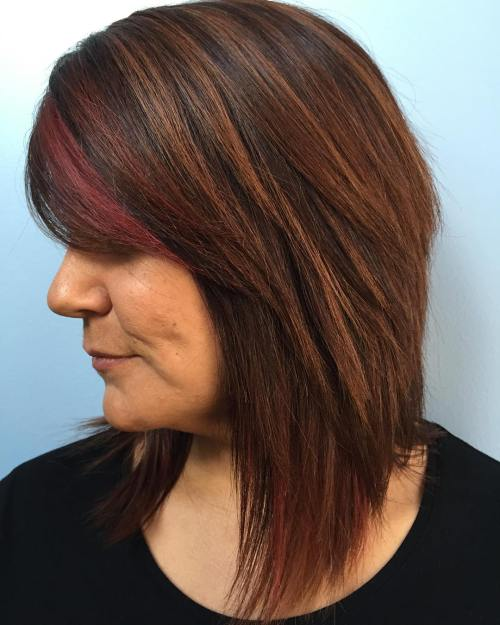 Layered Brunette Hair With Caramel Highlights