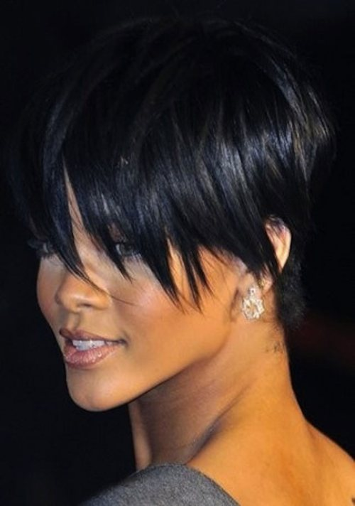 Groovy 15 Heart Stopping Looks Featuring Rihanna39S Short Hairstyles Short Hairstyles For Black Women Fulllsitofus