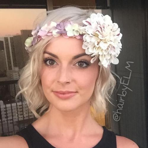 Blonde Wavy Bob With Floral Headband