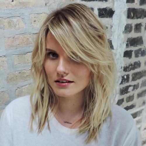 40 Side-Swept Bangs to Sweep You off Your Feet