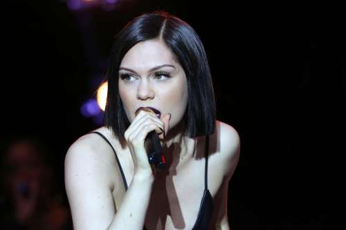 Jessie J Hairstyle: The Latest Short Hairstyles From Celebs You Love