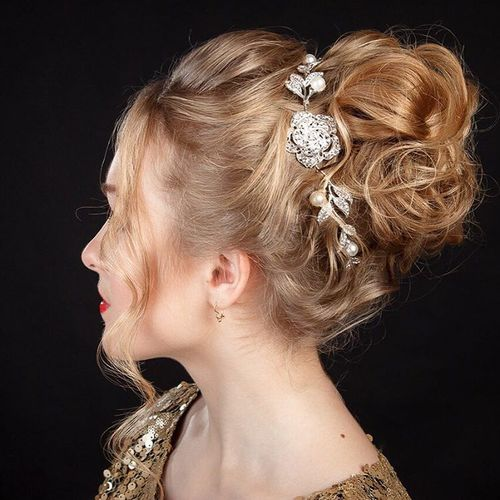 Christmas curly updo for medium hair