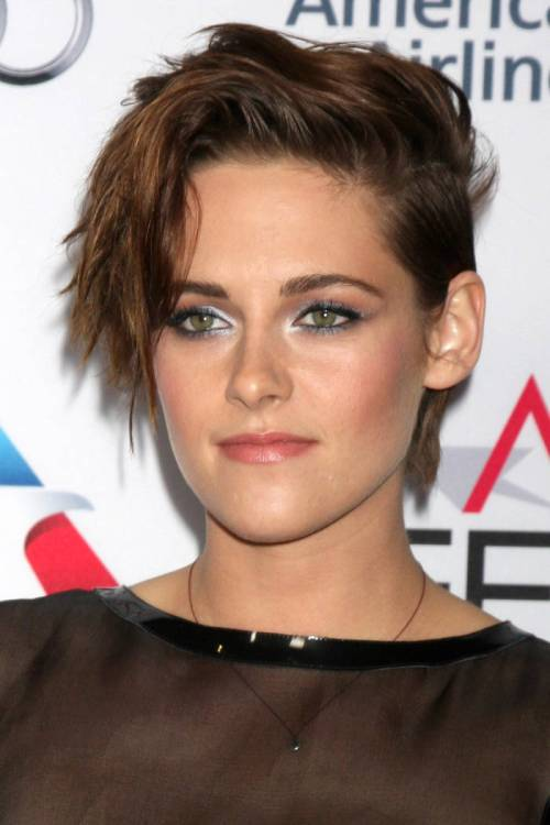 Kristen Stewart short asymmetric haircut