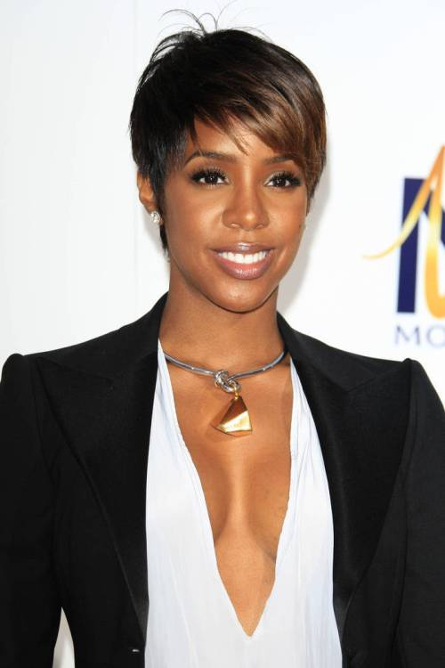 Kelly Rowland short brown hairstyle