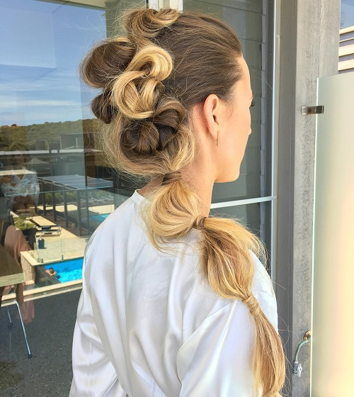 Bubble Ponytail With Twists
