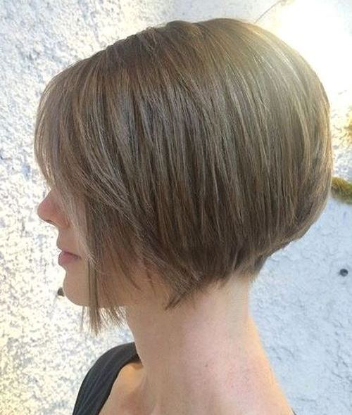 chin-length layered bob for straight hair