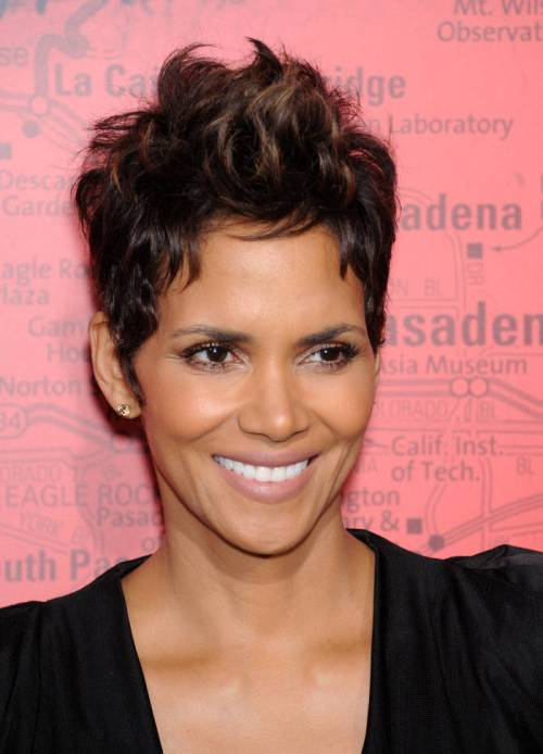 Halle Berry pixie hairstyle for new years eve