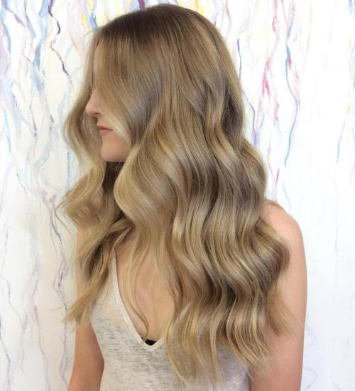 Caramel Blonde Long Wavy Hairstyle