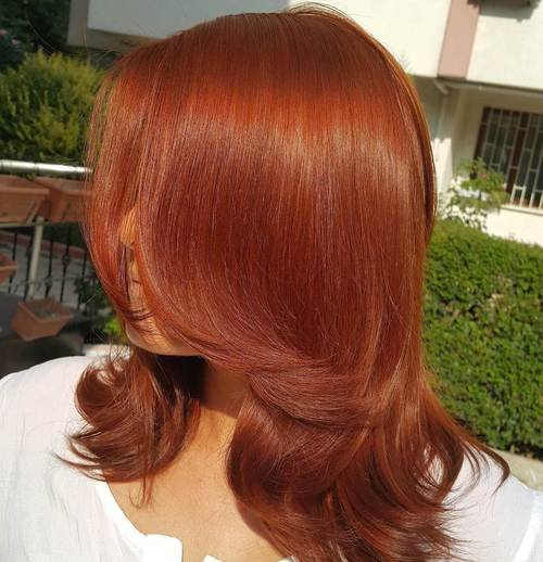 Medium Layered Auburn Hair Cut