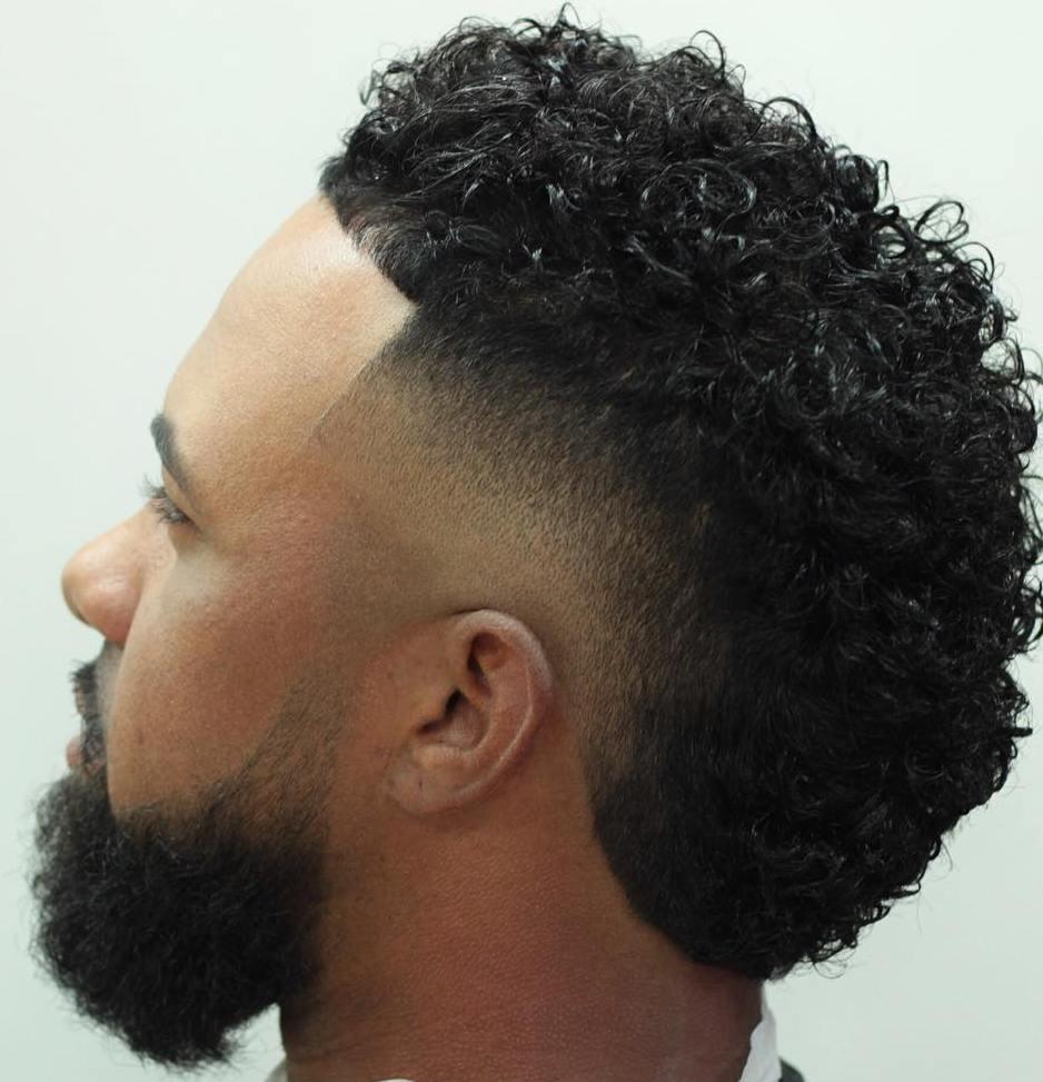 Men's Curly Fade Fauxhawk