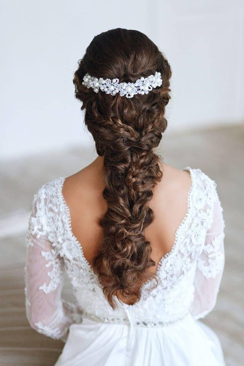 Terrific Wedding Curly Hairstyles 20 Best Ideas For Stylish Brides Hairstyle Inspiration Daily Dogsangcom