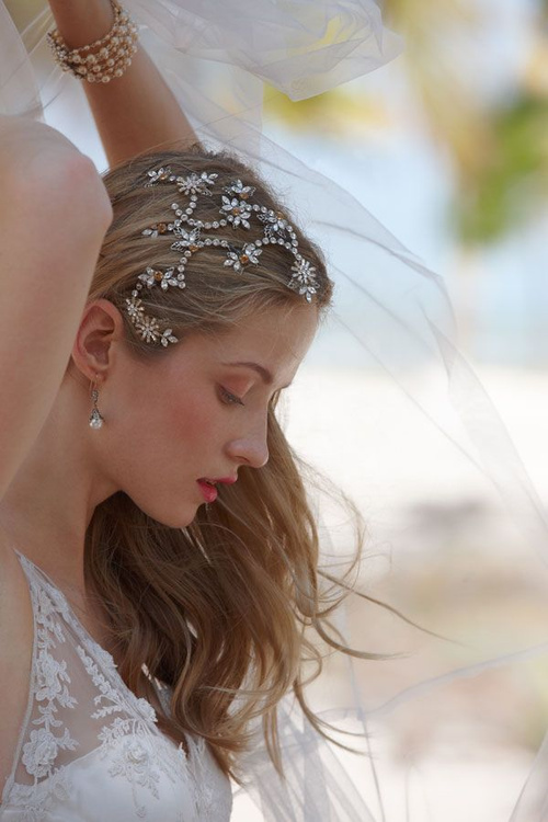 Pleasant 50 Irresistible Hairstyles For Brides And Bridesmaids Hairstyles For Women Draintrainus