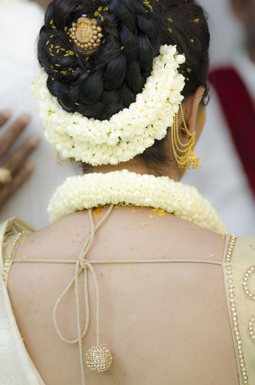 Miraculous Hairstyles For Indian Wedding 20 Showy Bridal Hairstyles Hairstyles For Men Maxibearus