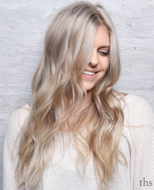 Long Wavy Blonde Cut With Layers