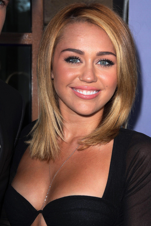 Miley Cyrus long bob hairstyle